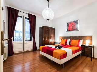 Luxury apartment near Las Ramblas