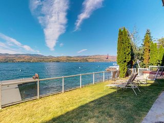Lakefront home w/ private dock, hot tub - minutes from downtown Chelan