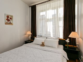 Cosy euro-studio right near Kremlin and Red Square