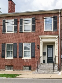 Historic Downtown Studio by Rupp Arena and Convention Center. Walk everywhere!