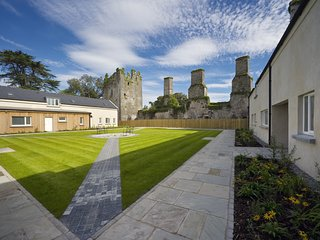 Castlemartyr Holiday Lodges (3 Bed Mews)