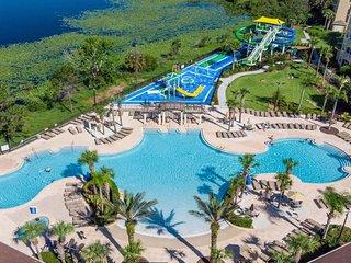 2.5 Miles to Disney Luxury 6BR Villa Pool/Spa - No back neighborhood
