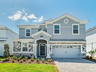 BEST LOCATION! Luxury 8BR Villa/Private Pool/Game/Theater, Close to Disney