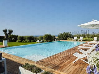 Villa Malga: Luxurious seaside villa with private pool in Polignano a Mare
