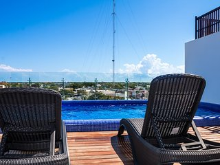 BRAND NEW INCREDIBLE 1300 SQ.FT.  2 BEDRS 2 BATHS CLOSE TO THE BEACH IN PLAYA !!