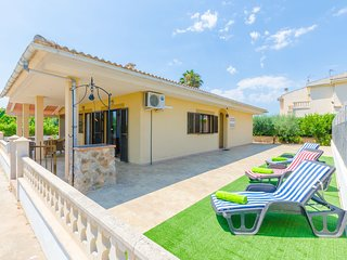 Spain holiday rentals in Island of Majorca, Playa de Muro