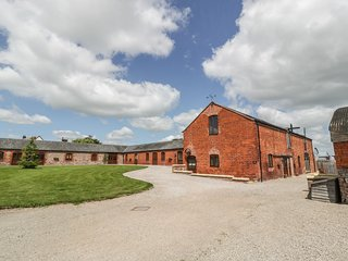 THE MILL HOUSE, spacious/luxury, in Alberbury