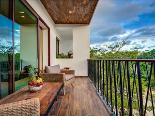 20% OFF Tulum Beautiful Condo with Jacuzzi and Rooftop