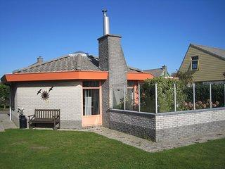 Lichte en gelijkvloerse bungalow, Strandslag 112