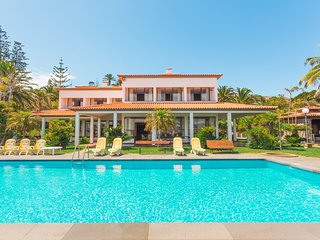 600 FLH Vila Mar Luxury Villa with Private Sea Access