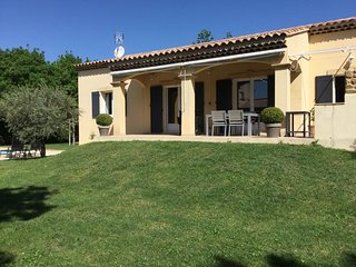 LS1-309 VOUIAGE, beautiful vacation rental in the Alpilles Natural Park