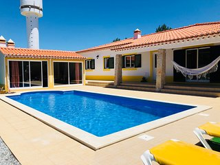 Villa Sintra - House with pool