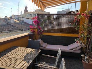 Atico con terraza en el corazon de Ruzafa