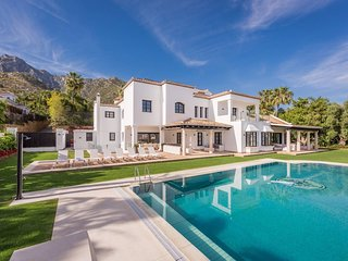 9 Bedroom Luxury Villa Paula in Sierra Blanca - near Marbella