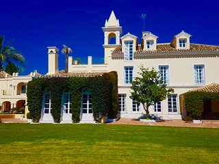 Classic & Elegant Eight Bedroom Mansion Villa Angham in Marbella