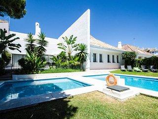 Four Bedroom Luxury Villa Ranya, near Puerto Banus