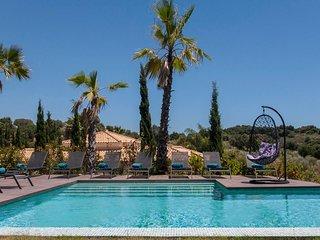 '5 bedroom luxury villa Maryam - Villas for Rent in Benahavs, Andaluca, Spain'