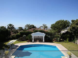 7 Bedroom Luxury Villa Safa in Sierra Blanca, near Marbella