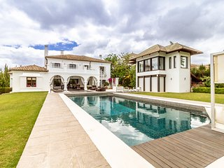 Six Bedroom Villa Desirée in San Roque golf course, near Sotogrande