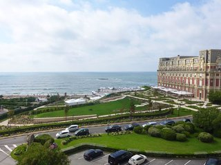 2 bedroom Apartment in Biarritz, Nouvelle-Aquitaine, France : ref 5644267