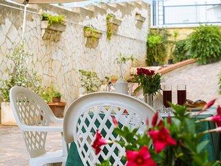 Villa Carusi - Appartamento in villa a 200 metri dal mare