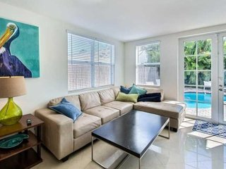 Location, Location! Walk to the Beach! 4BR Town Home, Private Pool!