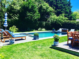 The Best of Nantucket at Your Doorstep.  New Heated Pool & Short Walk to Town!