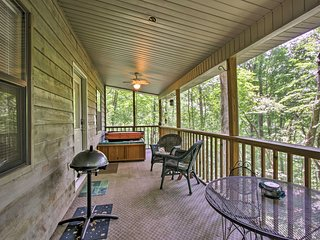 NEW! Sevierville Cabin w/Hot Tub & Screened Porch!