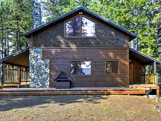 Ashland Cabin - 170 Acres w/Mountain Views & Sauna