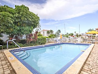 NEW! Resort Condo-1 Mile to Fort Lauderdale Beach!