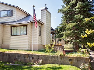 Well Appointed Historical Home Within Steps of Downtown and Hot Springs Pool!