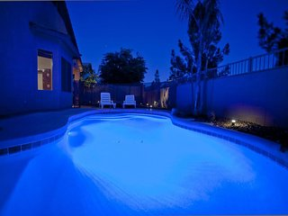 ★ Private Pool ★ Spa ★ Spacious Home ★ Parking ★