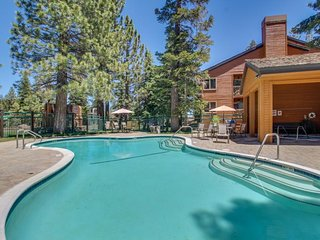 Rustic ski-in/out condo near Canyon Lodge w/ fireplace & shared pool/hot tub