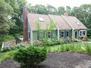 BEAUTIFUL PRIVATE 3BR 4 BATH CONTEMPORARY CAPE 4/10 MILE TO CRAIGVILLE BEACH