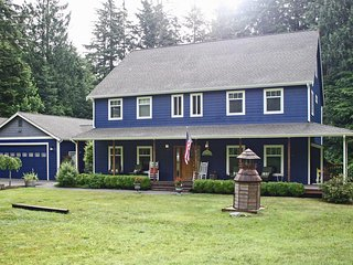 Grand 'Del Mar Chateau' Gig Harbor House!