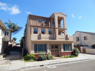 Stunning Luxury Condo a Block and a Half from Pismo State Beach