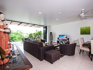 Phuket Holiday Apartment BL***********