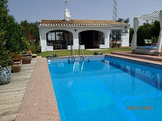 Charmante Villa, Privat Pool, nahe Marbella