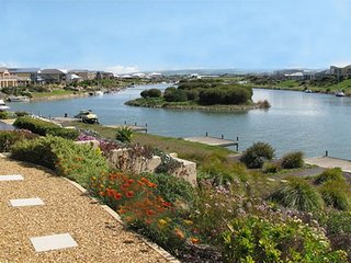 Hindmarsh Island Holiday Let Home with epic views and private jetty