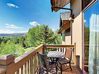 Upscale Arrowhead Village 3BR w/ Pool, Hot Tub & Exclusive Chairlift