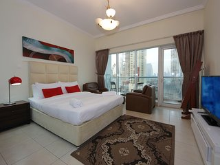 Studio Apartment  Walking Distance to Dubai Mall