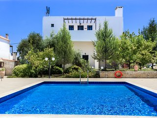 2 BEDROOM APARTMENT HOUSE  – DOULIANA VILLAS