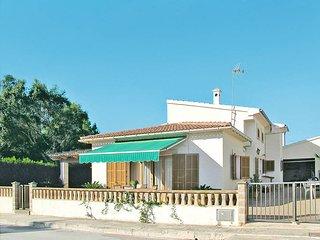 2 bedroom Villa in Sa Ràpita, Balearic Islands, Spain : ref 5441204