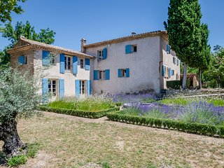 6 bedroom Villa in Saignon, Provence-Alpes-Cote d'Azur, France : ref 5645039
