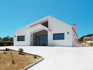 3 bedroom Villa in Vau, Leiria, Portugal : ref 5644621