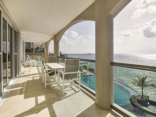 LOOK AT THIS 20% REDUCTION Marvelous 4bdrm oceanfront unit (EC3AN)