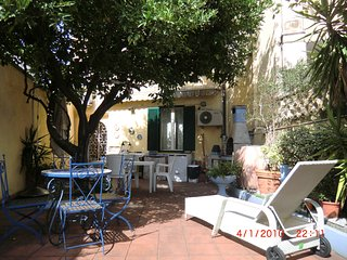 Villetta con giardino Viareggio