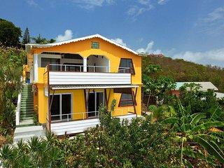 The Lookout Ocean Deck Apartment