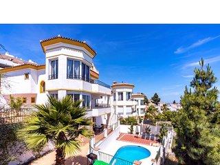 Maravillosa Villa vistas de calahonda