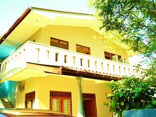 Residence Kuruniyavilla (Apartment with balcony)  6 Guests